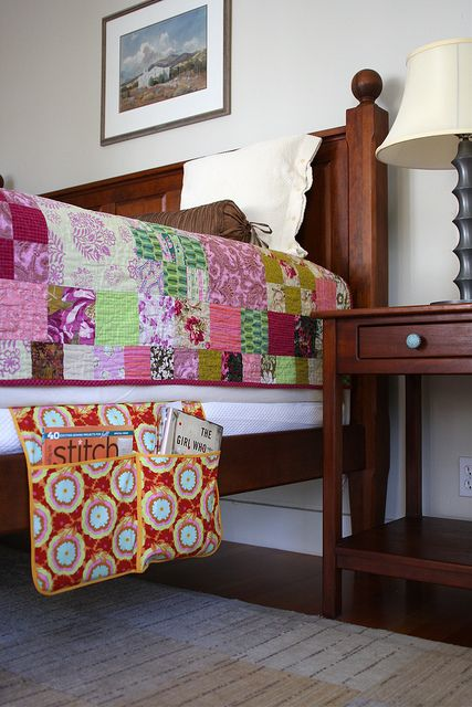 Organized Bed Pocket from One Yard Wonders: great to see it in a different fabric.