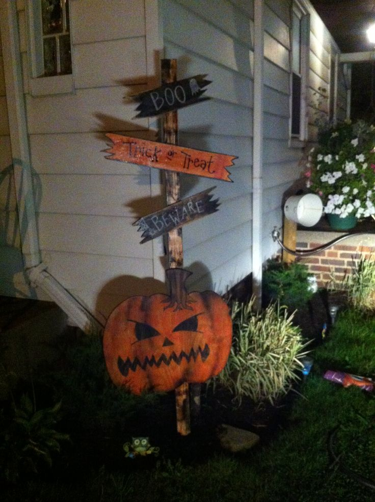 diy halloween yard signs halloween decorations trick or treat - Easy Diy Halloween Yard Decorations
