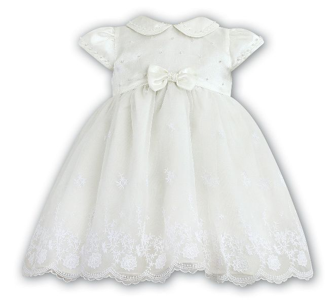 Flower Girl Dress Ariane. Delicate lace details.