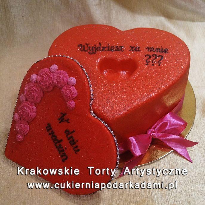 218. Tort w kształcie serca na zaręczyny. Red heart cake for engagement.