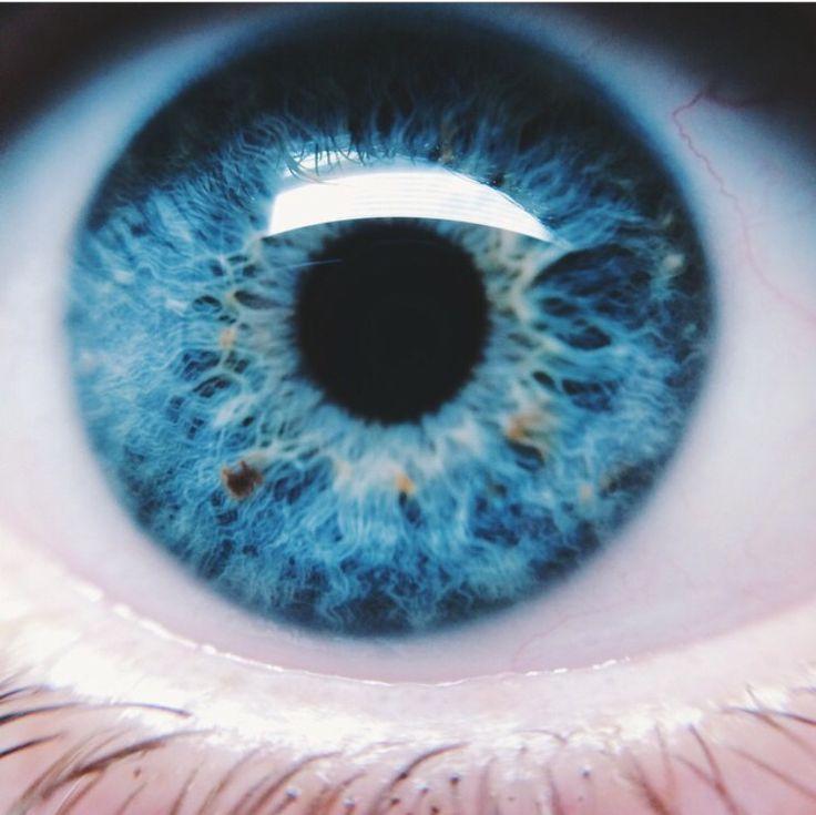 Beautiful Light Blue Bedrooms: Best 25+ Blue Eyes Ideas On Pinterest