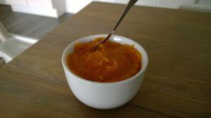 Niets zo lekker als (warme) home made abrikozenjam op je boterham!