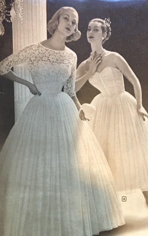 bef3ecf10e5a 1950s Vintage Wedding Dresses   Shoes History