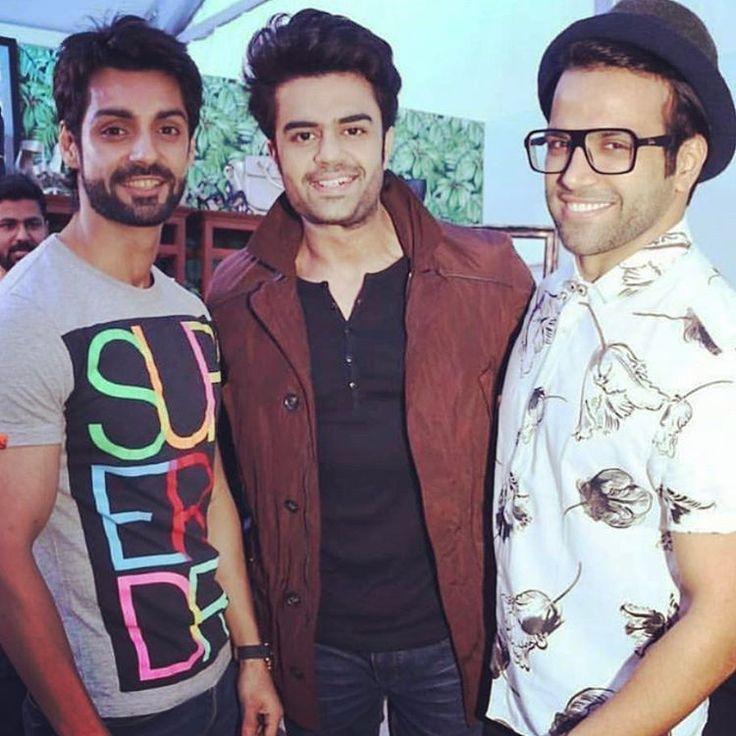 INDIAN IDOL ki JHALAK DIKHLA JA mere SUPER DANCER.... @imkaranwahi  @rithvik_d @manieshpaul  #friends #brothers #kw #mp #karanwa