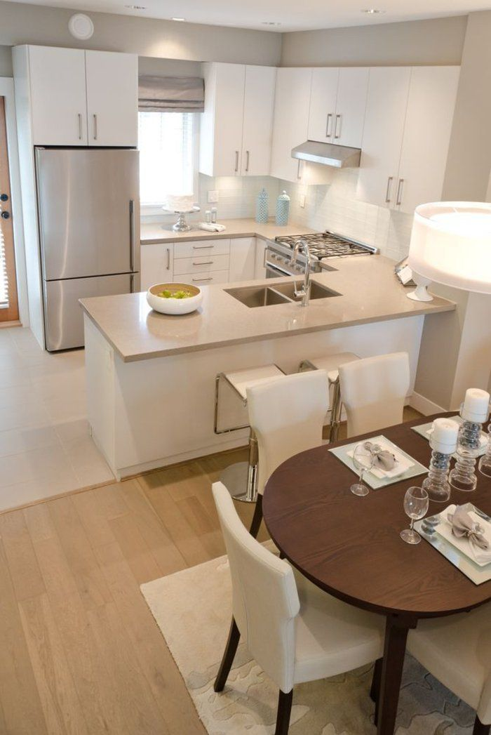 Einrichtungsideen Küche Einrichtungstipps Esstisch Essbereich Weiße Stühle  Kücheninsel Bartheke Barhocker Weiße Küchenmodule · Küche EinrichtenOffene  ...