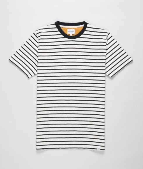 Striped T-shirt with Norse tab label and rounded neck with rib.