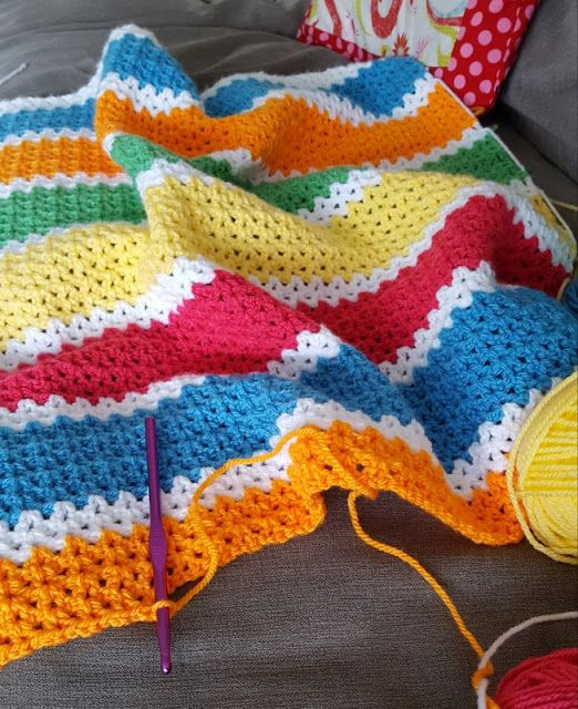 Need a cute pattern for a baby blanket? Try this Crochet V-Stitch Baby Blanket