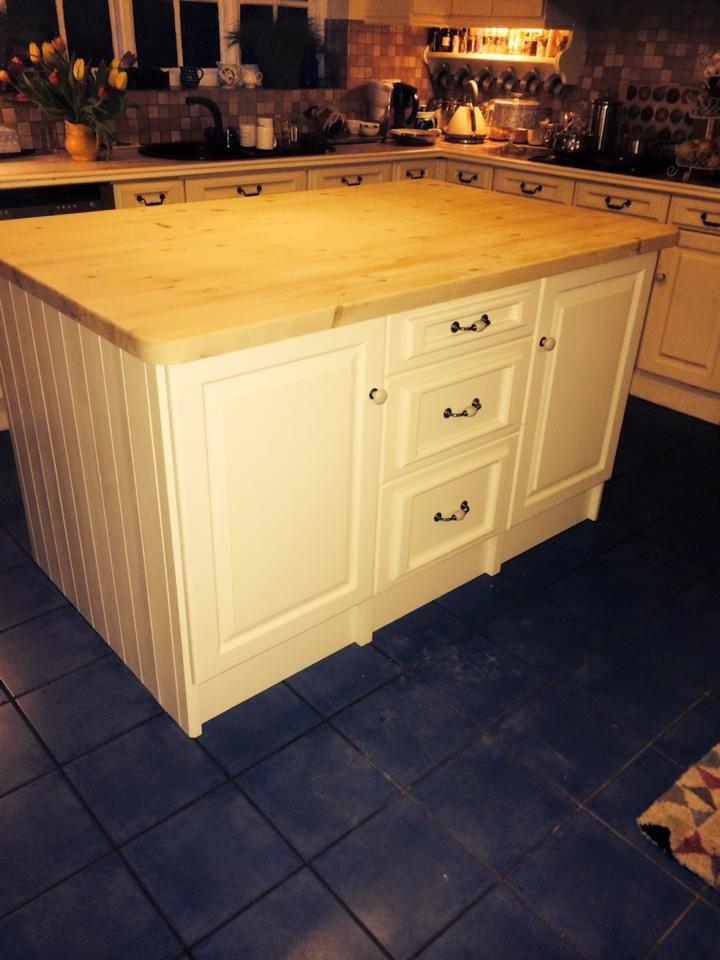 Beautiful hand made kitchen island: http://www.pinefurniturecornwall.co.uk/search.asp?types=Pine+Kitchens