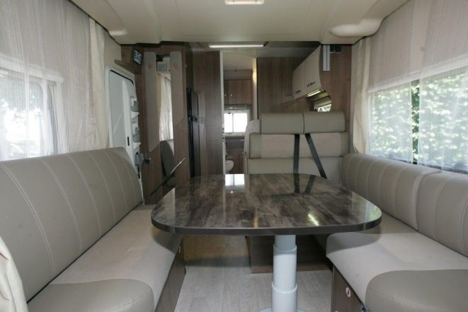 17 best images about winnebago luxury motorhome for Interieur camping car