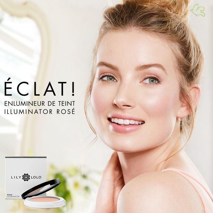 Une poudre compacte précieuse pour illuminer le visage. Rose clair.  L'Enlumineur de Teint Lily Lolo est une poudre minérale fine irisé qui refléte la lumière et illumine le maquillage tout en subtilité. Il s'applique sur le front, l'arcade sourcilière, les pommettes, l'arête du nez ou l'arc de Cupidon pour créer des reflets lumineux et donner du relief au maquillage.  19,50€ #lilylolo #maquillage #enlumineur #teint #rose #eclat #mineral #naturel #summerbeauty