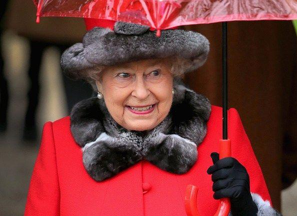 Faça chuva ou sol, chapéu e sombrinha fazem parte do seu estilo