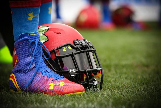 spiderman cleats | ... -carolina-panthers-under-armour-alter-ego-highlight-cleats-superman-1
