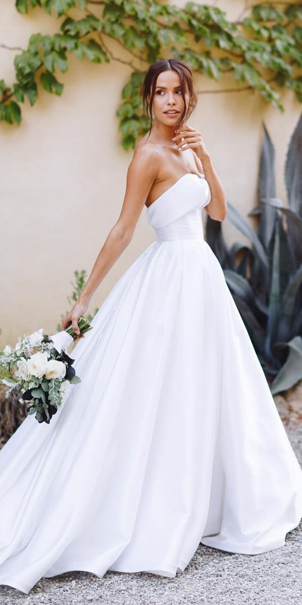 Best 25 elegant wedding gowns ideas on pinterest for Most elegant wedding dresses