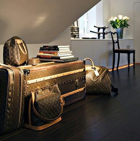 wealth & Luxery
