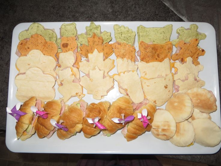 Shaped Sandwiches - Party Ideas (Flowers, Frogs, Leaves, Foot, Cat, Snowflakes)