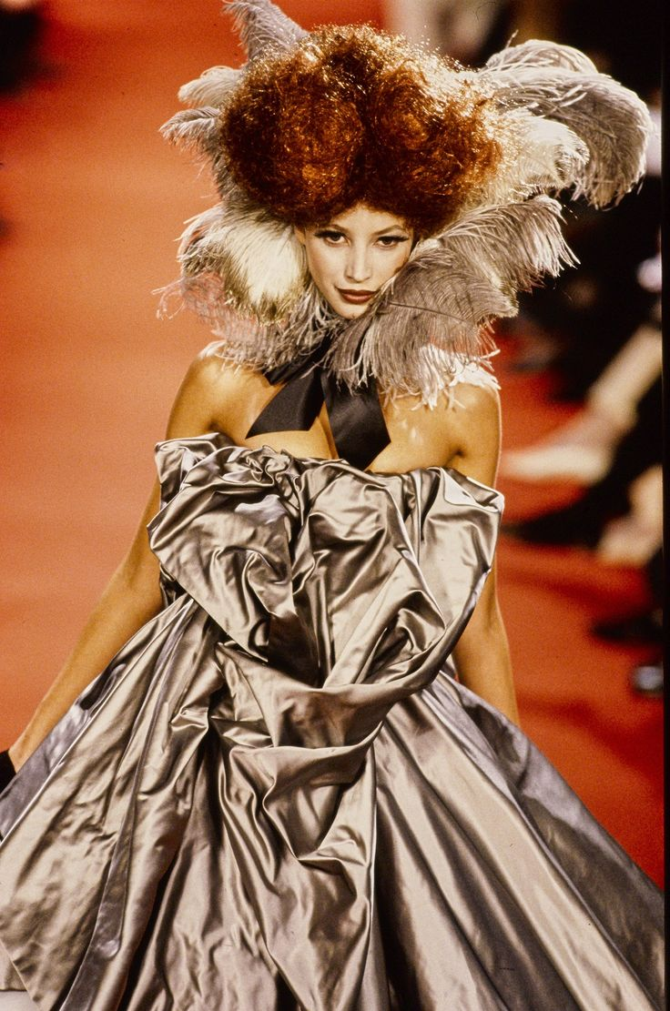 Andreas Kronthaler for Vivienne Westwood Fall 1993 Ready-to-Wear Fashion Show Details