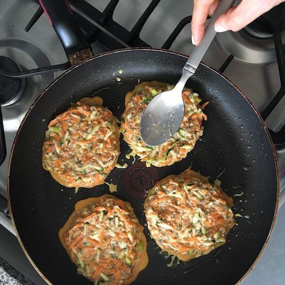 Estas deliciosas Croquetas de Zanahoria , zapallo itaiano y Chía son una alternativa para los que prefieren no comer carne.
