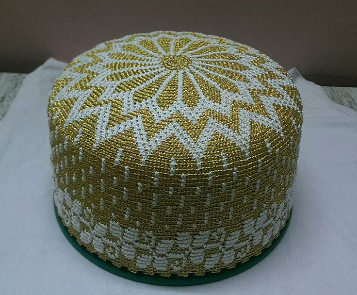 bohra design golden kasab topi
