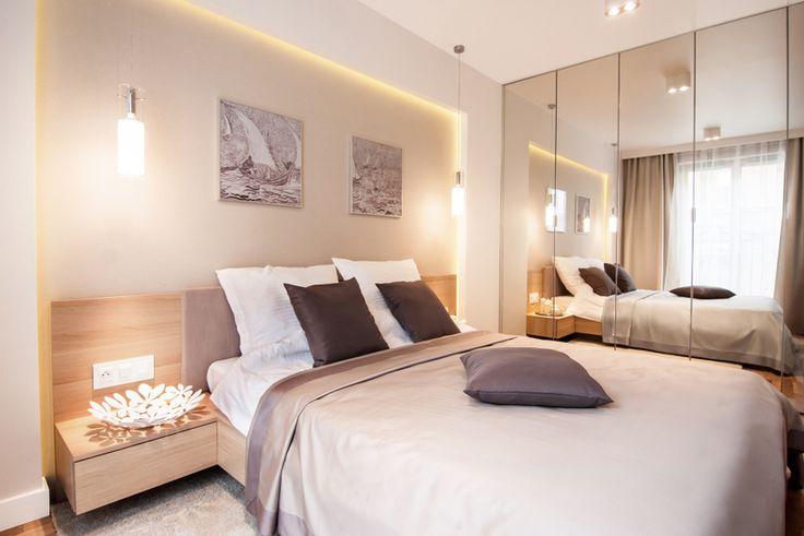 Pomysł na nowoczesną sypialnię z ciekawym oświetleniem Pomysł na szafę w sypialni
