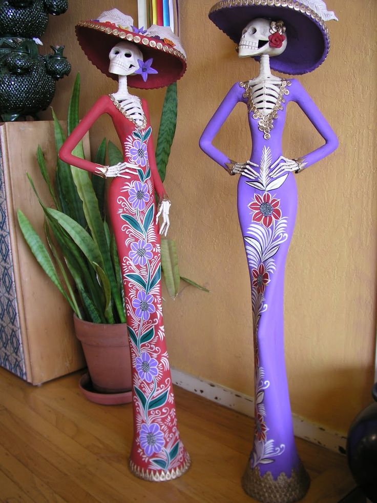 Las Catrinas. Icon of Mexican Days of the Dead.
