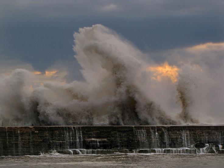 Big waves at Seaham harbour <3