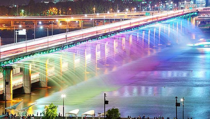 Banpo bridge in Seoul, South Korea is the world's longest bridge fountain.