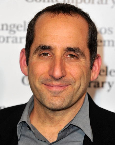 peter jacobson...aka dr taub...i saw this guy in nyc, literally ran into him! :-)