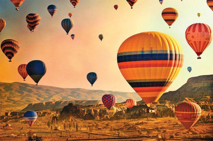 Capadócia: é romântico, é surreal, mas para voar de balão por ali é preciso acordar com as galinhas