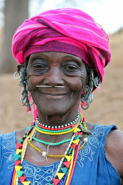Senegalese Lady - faces of the people ...