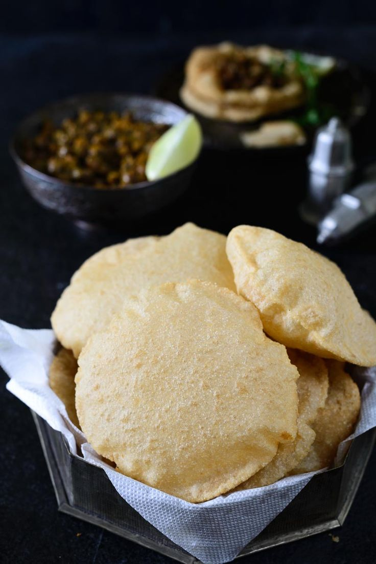 A quintessential deep-fried Indian bread, Poori / Puri is a food staple that is enjoyed across the length and breadth of India.