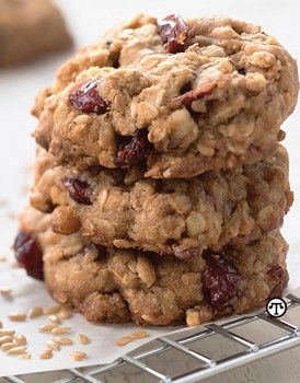 Healthy oatmeal cranberry cookie recipe for your Christmas holiday celebration