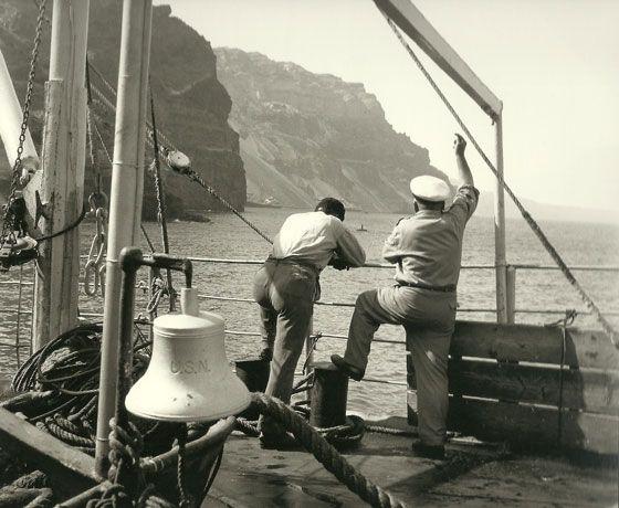 Port of #Fira , #Santorini  Photo by: Antonios Deitsis