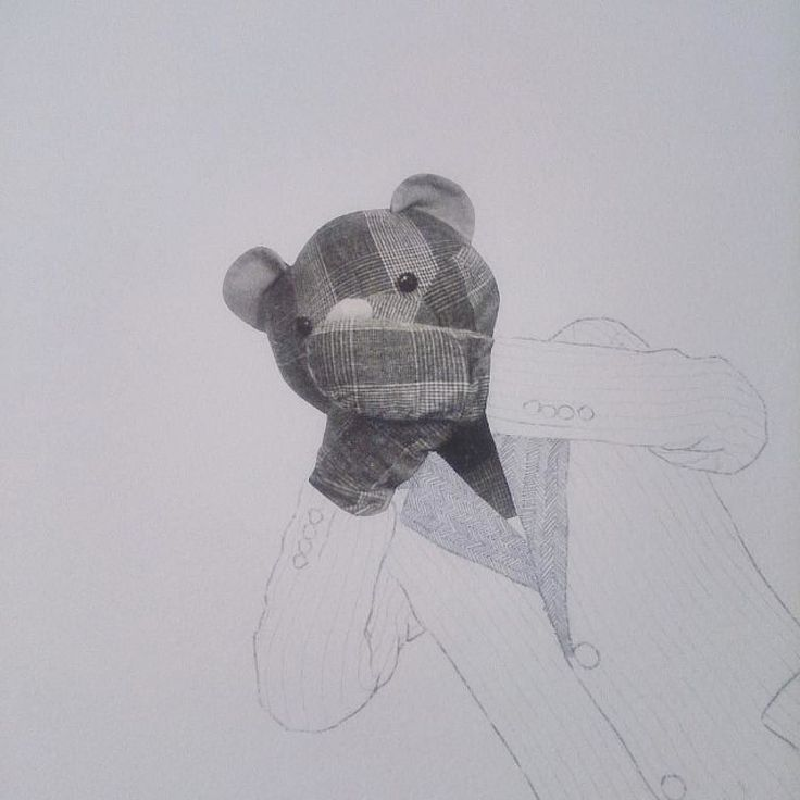 Añorabais a Oso de Peluche ? #Repost @moribundoporelarte  Oso de peluche ha vuelto por aquí #dibujo #dibujar #draw #drawing #drawoftheday #contemporarydrawing #chinecole #print #papel #paper #lapicero #graphite #superalfa #drawonpaper #artist #arte #art #contemporaryartist #contemporaryart #contemporaryartcurator #teddybear #workinprogress #wip #love #loveart #artdiary