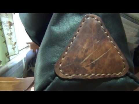 Самодельная сумка-мешок из кожи.