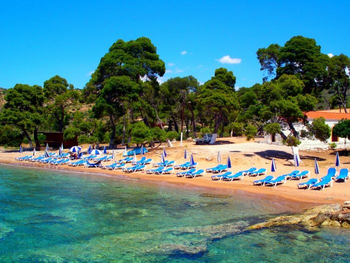 Agia Paraskevi beach in Spetses