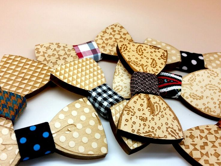 Wood Bow Tie by Papionette