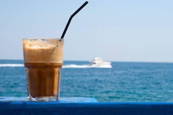 Τι κάνει ο καφές φραπέ στην χοληστερίνη;