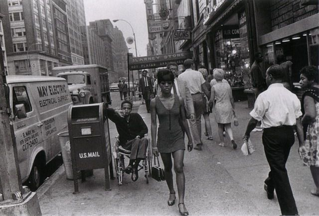 joel meyerowitz street photography - Google Search