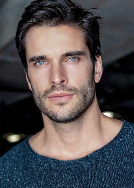 Daniel DiTomasso...check out those eyes!!! Those LIPS!! Those EYES!!! OHHH MY GOD!!!