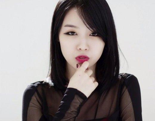 Girls' Day Minah Rocks Red Lipstick In Celebration of Turning 20