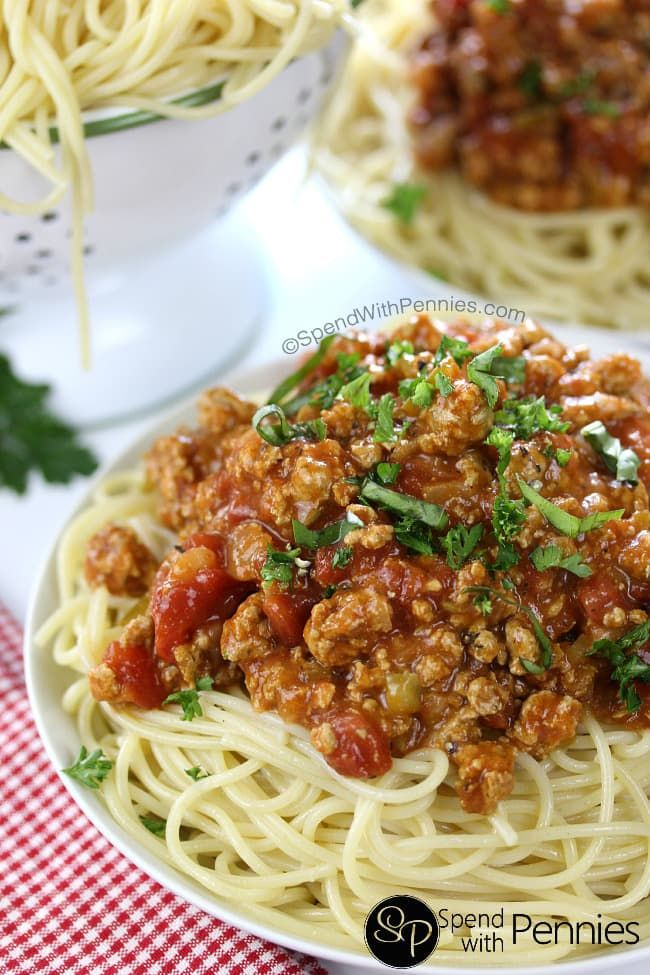 This is literally the BEST Homemade Pasta Sauce! Made with ground turkey or beef, this simmers on the stove top creating a delicious and rich tomato sauce.