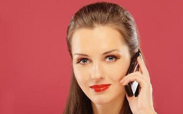 TELEFONIA TORNA LO SCATTO ALLA RISPOSTA. UN SALASSO pessima sorpresa per i telefoni fissi: raddoppiano i costi delle chiamate da casa per i clienti Tim, il nuovo marchio Telecom che copre anche il fisso. Infatti, come si legge in un annuncio pubblicat #tim #telefonino #lineafissa