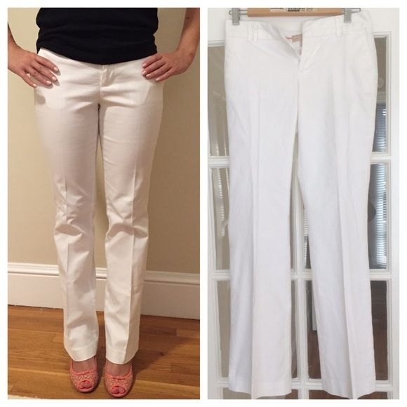 SALE! Banana Republic white Martin pants Preloved. Great for work or weekend play!  Cotton.  Size chart credit: Banana Republic's website.  Open to offers but I do not trade. Banana Republic Pants