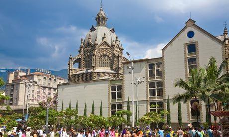 Pablo-Esobar themed tour in Medellin by Colombia Travel photo is Medellin – Basilica de la Candelaria and Park Berrio