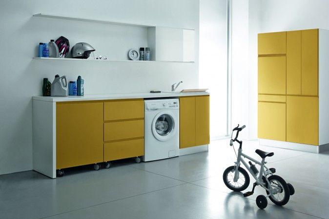 Oltre 25 fantastiche idee su piccolo ripostiglio su - Mobili per lavanderia domestica ...