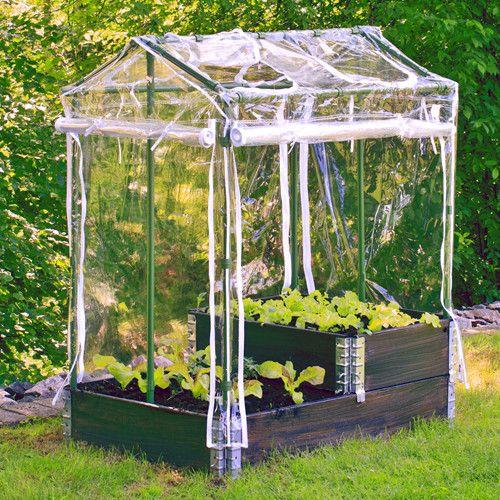 Drivhus DeLux för odlingslåda, grön/vit, Pallkrageväxthus för odlingskrage   Ett stabilt drivhus som passar till odlingslåda/pallkrage 80x120 cm eller kan monteras direkt på friland.  Enkelt att montera Kan öppnas från alla håll Vädringsluckor med dragkedjor Tillräckligt högt för odling av tomater Vädertåligt,  100% återvinningsbart material Svensktillverkad 5 års garanti
