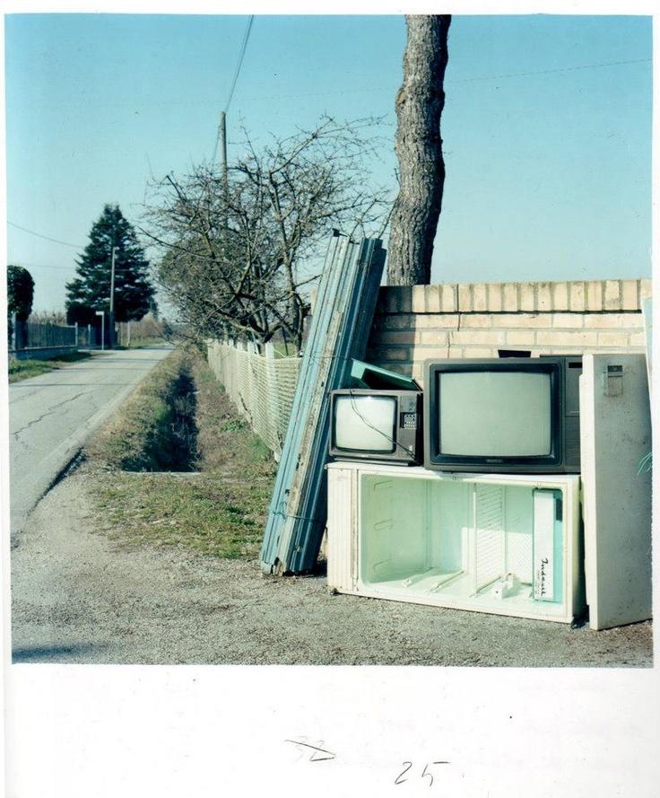 """Guido Guidi, """"Ronta, 03/2011"""". 20x20,5 cm"""
