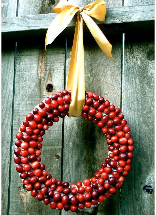 237 best wreath crafts images on pinterest | diy christmas wreaths