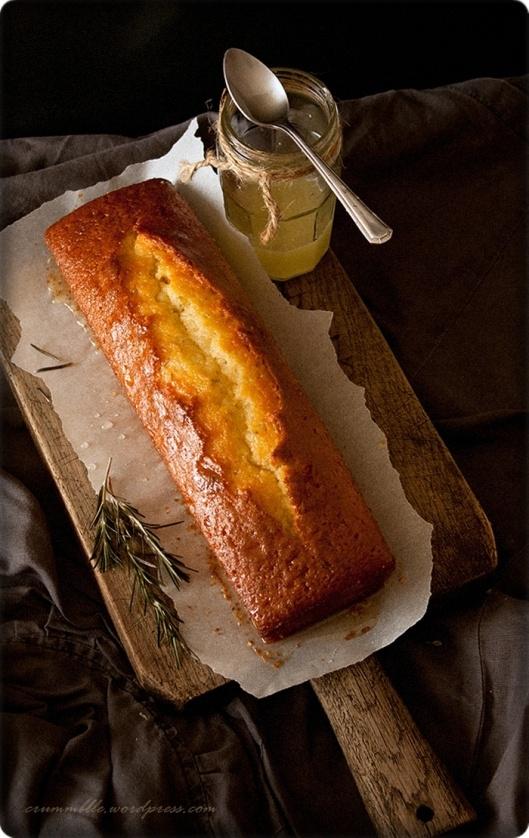 Lemon cake with rosemary