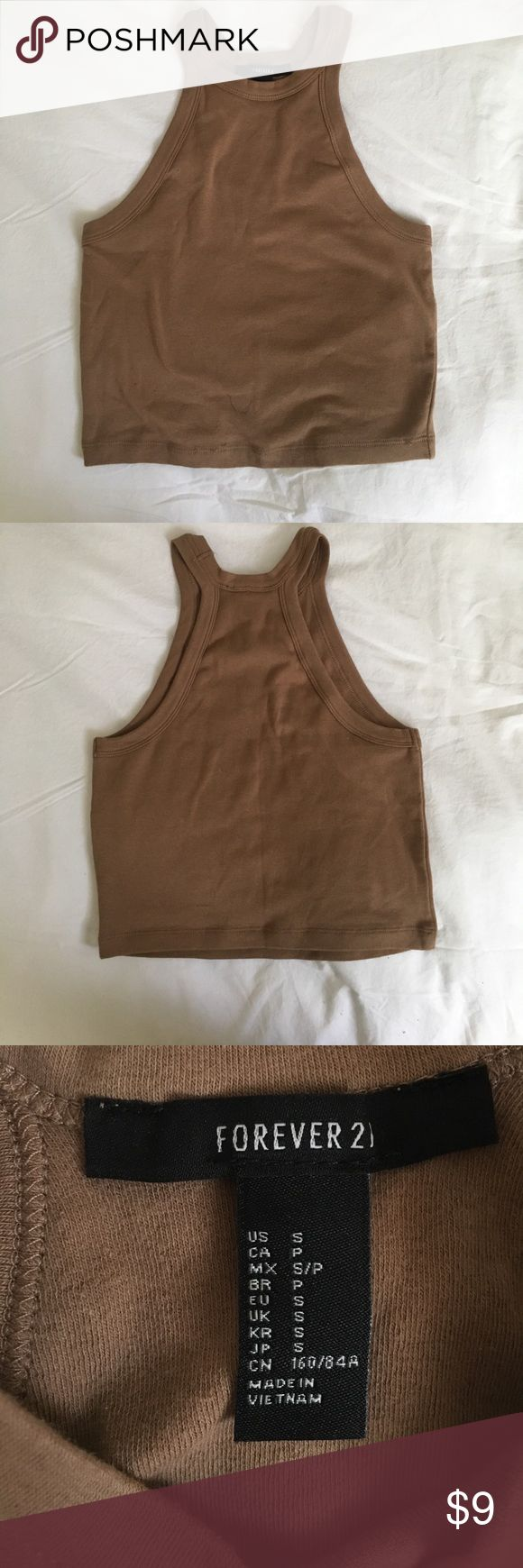 Forever21 Camel Cropped Tank - Size S Forever21 Camel Cropped Tank - Size S Never worn. 95%cotton, 5% elastane. Perfect for summer! Forever 21 Tops Crop Tops
